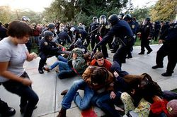 1121-Occupy-UC-Davis_full_380